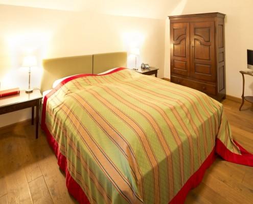 Schlafzimmer im Königszimmer Hubertus – Schloss Wissen
