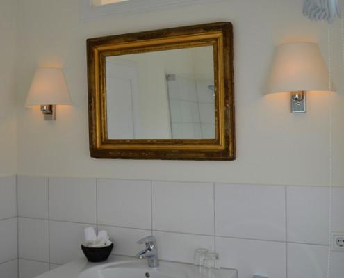 Badezimmer im Ritterzimmer Lisbeth – Schloss Wissen