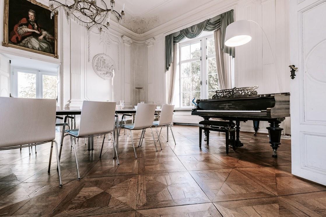 Weißer Salon – Tagungsraum für bis zu 40 Personen